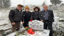 Nuri Osman Apaydın mezarı başında anıldı